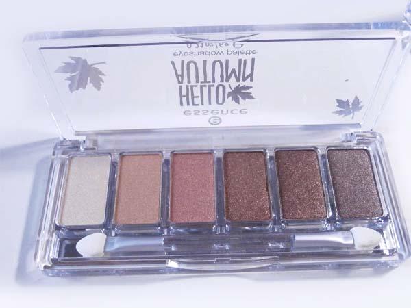 Hello Autumn eyeshadow palette's 3