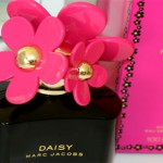 Review – Marc Jacobs Daisy Hot Pink Edition