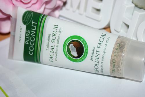 Pure Coconut Facial Scrub 1