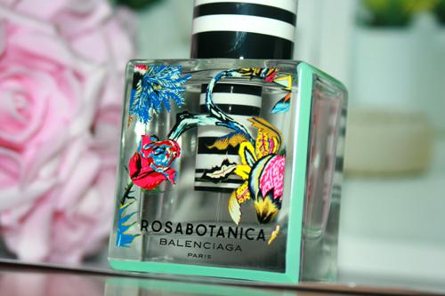 Rosabotanica Balenciaga paris 3