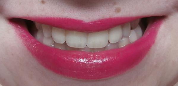 Sleek True Colour Lipstick Loved Up 1