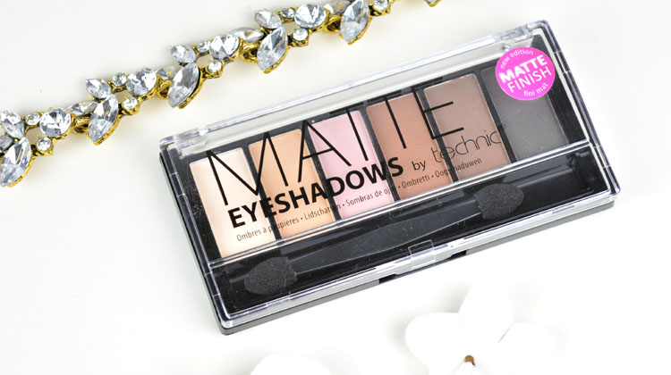 Technic Matte Eyeshadows Palette
