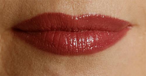 The One Power Shine Lip Gloss 9